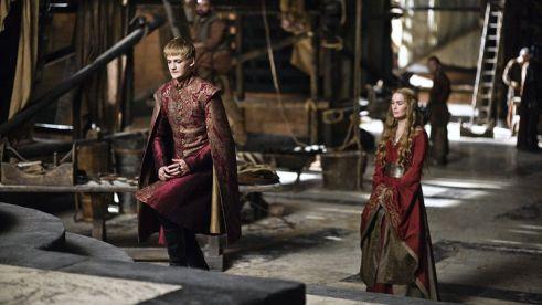Joffrey ve annesi Cersei